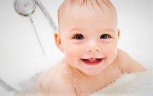 ¡Hora del baño! Bañeras y hamacas para bañar a tu bebé